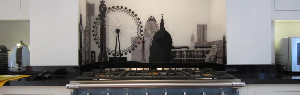 London Skyline in alcove Kitchen Splashback