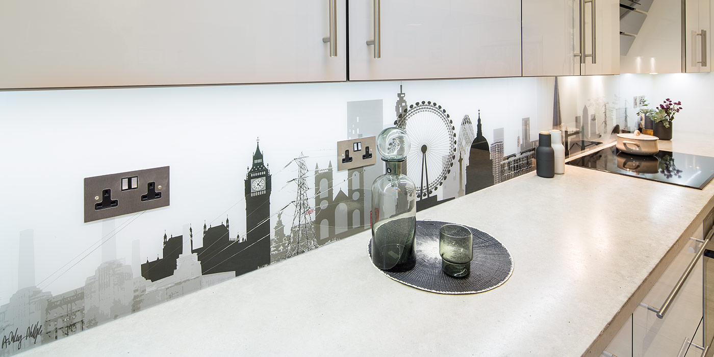 London Skyline with Integrated Sockets Glass Splashback